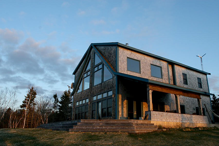 Living Off-Grid in a Restored Timber Frame, by TimberhArt Woodworks