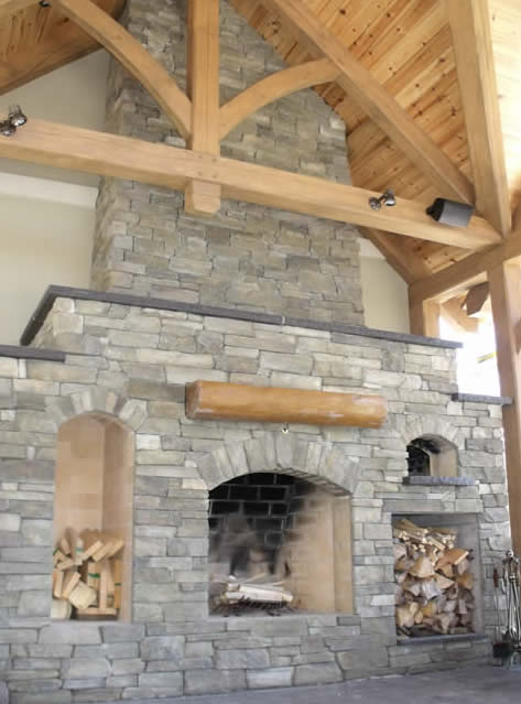 Outdoor kitchen log mantle